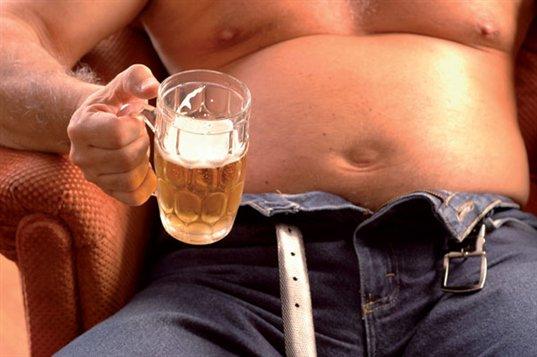 göbek eritmek için alkolü azalt