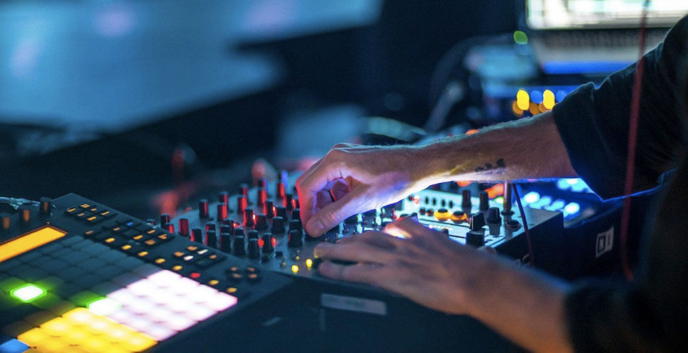 erkek hobisi elektronik müzik